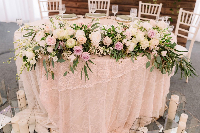 Hochzeitsfloristik - Blumen am Tisch